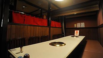 2階:テーブル席(10名様までご利用可能)